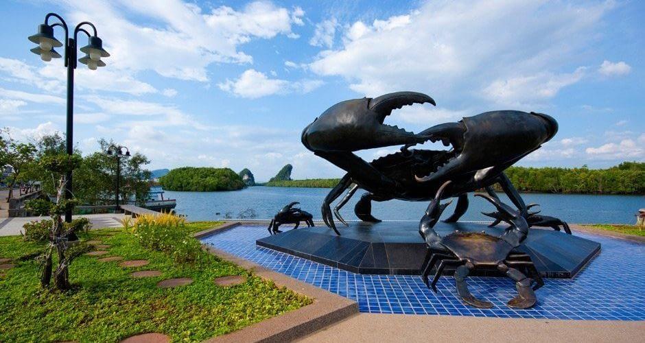Crab Sculpture in Krabi